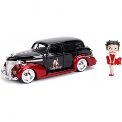 Betty Boop & 1939 Chevy Master Deluxe